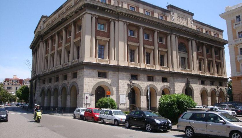 """Terra mia, non è un Paese per santi"""", oggi al teatro Augusteo di Salerno –  il vortice"""